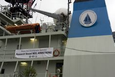 Stepping on Neil Armstrong: Ars visits the US Navy's newest research vessel - http://www.sogotechnews.com/2017/06/06/stepping-on-neil-armstrong-ars-visits-the-us-navys-newest-research-vessel/?utm_source=Pinterest&utm_medium=autoshare&utm_campaign=SOGO+Tech+News