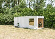 Mobile Showroom Mit Einem Container Gebaut