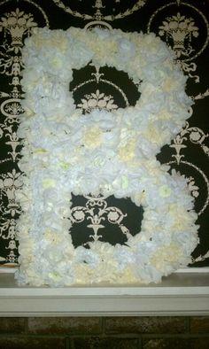 Big floral letter decor idea :)