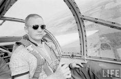 Les lunettes de soleil HGU-4/P d'American Optical sont les authentiques et uniques lunettes de pilote toujours en service depuis 1958 !  www.aoeyewear.fr  #americanoptical #aoeyewear #originalpilot #hgu4P #flightgoggle58 #lunettes #Lunettesdesoleil #Lunettesaviator #lunettesdepilote #pilote #madeinusa #neilarmstrong #astronaute #nasa #aviateur #mustang #fordmustang #mode #authentique #qualité #usaf #usarmy