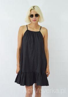 Sukienka z gniecionego materiału LaLu AchVeverka.pl  #blackdress #dress #czarnasukienka #sukienka #lalu #sukienkanaramiączka #sukienkazfalbanką