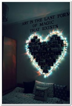 Dorm Room Inspiration - Whether, if you're living in a dorm you've probably come across the challenge of decorating the tiny, character-free space. Cute Room Ideas, Cute Room Decor, Teen Room Decor, Diy Bedroom Decor For Teens, Quirky Bedroom, Budget Bedroom, Bedroom Small, Cool Teen Bedrooms, Girls Bedroom