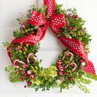 30 Beautiful Holiday Wreaths | Midwest Living