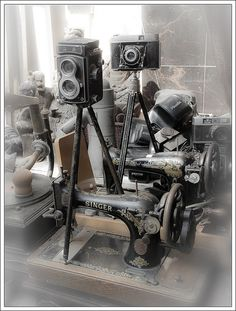 Love the old camera's & sewing machines