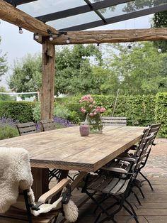 Outdoor Dining, Indoor Outdoor, Outdoor Decor, Outdoor Life, Outdoor Landscaping, Outdoor Gardens, Patio Roof, Pergola Designs, Garden Inspiration