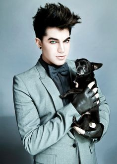 Adam Lambert and chihuahua. That chihuahua is pretty lucky, Me jealous!!