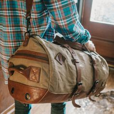Dakota Vintage Travel Duffle Bag - Field Khaki