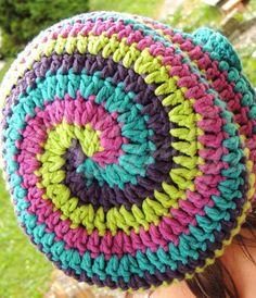 http://de.dawanda.com/product/49184706-Haekelmuetze-in-Spiraloptik