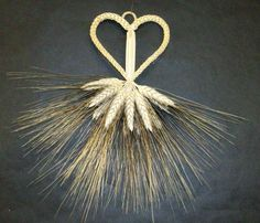 Hintze Vandertoolen S . Corn Dolly, Straw Art, Straw Weaving, Local Festivals, Kettle Corn, Candy Corn, Harvest, Dandelion, Crafts