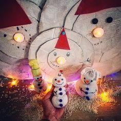 """Používateľ Zuzana uverejnil príspevok na svojom instagramovom profile: ❄️ Sneh stále nikde 🤷♀️ Tak sme vyrobili akože snehuliakov ☃️ Ale aspoň sne spotrebovali ďalšie…""""• Pozrite si v jeho profile všetky fotky používateľa @spagi.sk. Sneh"""