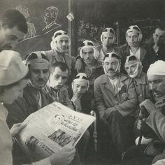 Βούλα Παπαϊωάννου (5) Troops, Greece, Memories, Black And White, Photography, Archive, Art, Greece Country, Memoirs