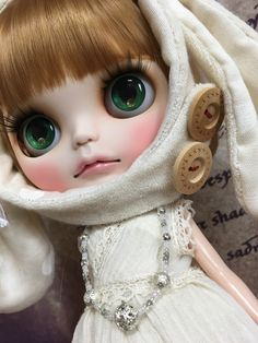Ooak Dolls, Blythe Dolls, Large Eyes, Beautiful Dolls, Fashion Dolls, Color Change, Disney Characters, Fictional Characters, Disney Princess