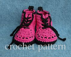 Too cute and easy to make. You'll have these done in a few spare hours. Whether baby is a hipster or just wants to look like Daddy - this is the boot for her!