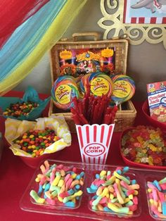 Courtney C's Birthday / Dumbo circus - Photo Gallery at Catch My Party Carnival Baby Showers, Circus Carnival Party, Circus Theme Party, Carnival Birthday Parties, Birthday Party Themes, Circus Wedding, Vintage Circus Party, Carnival Food, Circus Baby