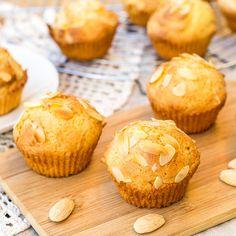 Schnelle, einfache Low Carb Mandel-Muffins