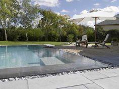 piscine: la tendance est au gris