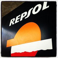 Foto conmarca Repsol - http://www.repsol.es #conmarca #marca #marcas #brand #brands #brandname #logo #lovemark #lovemarks