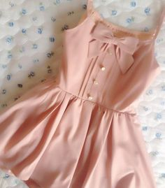 #pink #dress #bow #romantic #fashion #vintage