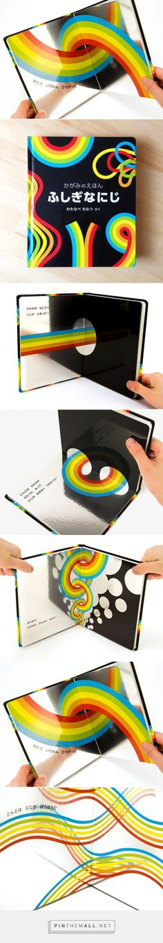utilizzo molto intelligente della carta metallizzata This must be the most smartest thing but it so simple! Graphisches Design, Layout Design, Print Design, Illustration Inspiration, Graphic Design Inspiration, Up Book, Book Art, Book Cover Design, Book Design