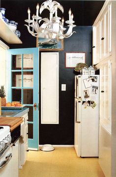 Navy walls, turquoise door, white accessories - still one of my all-time favorite kitchens. We would like to arrange pickup from the airport at 11am tomorrow, May 2. We are on Bangkok Airways flight PG 924 from Siem Reap. Thank you.