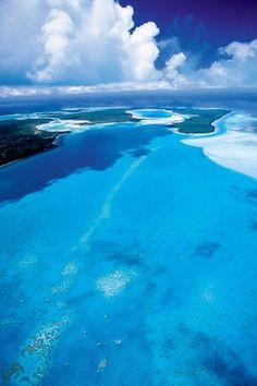 真っ白な砂浜とエメラルドグリーンに輝く海『ニューカレドニア』へ秋ハネムーン♡