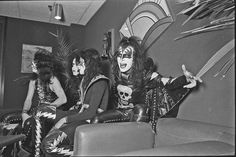 1000+ images about KISS 1973-1975 on Pinterest   Magazine ...