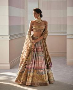 Tarun Tahiliani's Spring Summer Collection Is Perfect For Weddings Latest Saree Blouse, Lehenga Blouse, Saree Blouse Designs, Lehenga Choli, Indian Attire, Indian Outfits, Indian Wear, Summer Wedding Outfits, Wedding Wear