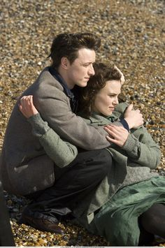 James McAvoy (Robbie Turner) & Keira Knightley (Cecilia Tallis) - Atonement (2007) #ianmcewan #joewright