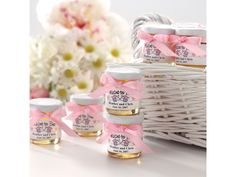 Personalized Jars of Honey Wedding Favor | #exclusivelyweddings | #pinkwedding