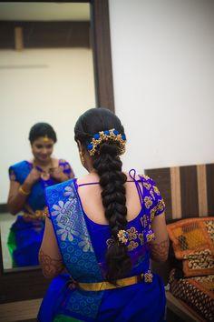 Brocade Blouse Designs, Wedding Saree Blouse Designs, Pattu Saree Blouse Designs, Fancy Blouse Designs, Designer Blouse Patterns, South Indian Wedding Hairstyles, Bridal Hairstyle Indian Wedding, Bridal Hairdo, Braided Hairstyles For Wedding