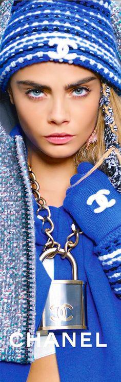 Interesante collar de Chanel Accessories Fall/Winter 2014-2015...❤...