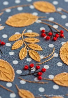 Fall of the leaves Wool Applique, Embroidery Applique, Embroidery Stitches, Embroidery Patterns, Contemporary Embroidery, Modern Embroidery, Vintage Embroidery, Embroidery Neck Designs, Hand Embroidery Flowers