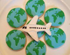 Travel Cookies-One Dozen by MrsCookieBakes on Etsy Sugar Cookie Royal Icing, Cookie Icing, Sugar Cookies Recipe, Royal Frosting, Fancy Cookies, How To Make Cookies, Airplane Cookies, Amazing Race Party, Cookie Designs