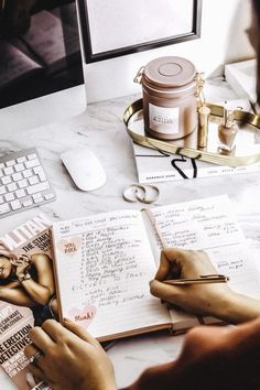 How To Make Your Daily Planner More Interesting - Career Girl Daily Marca Personal, Personal Branding, Photography Branding, Lifestyle Photography, Usa Tumblr, Study Inspiration, Working Woman, Study Motivation, Girl Boss
