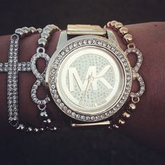 outlet watches online aexp  Welcome to our fashion Michael Kors outlet online store, we provide the  latest styles Michael Kors handhags and fashion design Michael Kors purses  for you