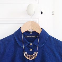 La nouvelle parfaite petite chemise en jean @monoprix  Et mon collier fétiche @chicalorsparis ! #outfit #monoprix #chicalors