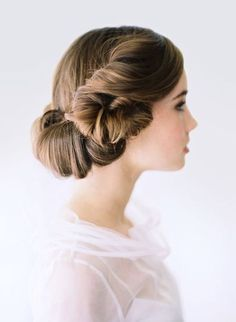 [UPDATED Star Wars wedding ideas of all time. The force is strong here and we've created a HUGE Star Wars wedding guide for geeky weddings! Plum Hair, Purple Hair, Violet Hair, Dusty Purple, Dark Purple, Dark Hair, Bride Hairstyles, Pretty Hairstyles, Updo Hairstyle