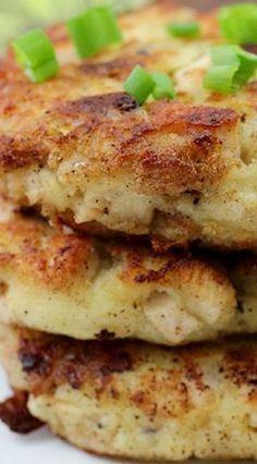 Mashed Potato and Stuffing Patties - Thanksgiving Leftovers Thanksgiving Leftovers, Thanksgiving Recipes, Fall Recipes, Holiday Recipes, Great Recipes, Christmas Desserts, Pumpkin Recipes, Turkey Leftovers, Vegan Pumpkin