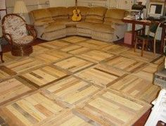 Creative Home Flooring Ideas with Reused Pallets: People think that pallet wood floors are suitable for garages, basements, garden decks, cellars, but we tell Recycled Pallets, Wooden Pallets, Pallet Wood, Recycled Wood, Wooden Pallet Kitchen Ideas, Pallet Patio, Diy Kitchen Decor, Diy Home Decor, Room Decor