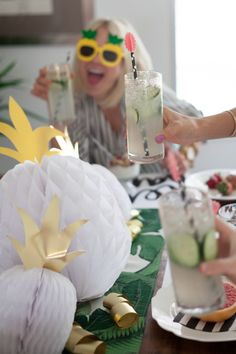 The Alison Show: Moms Rule: Mother's Day Brunch Pineapple Party