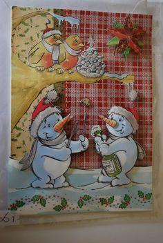 0061, Sneeuwpoppen ontkurken fles bij boom