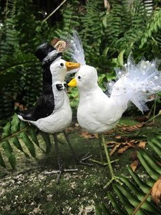 Dale's Blog - Couture Jewelry and Design by Dale Wayne  You may kiss the bride. Paper clay with plasti-dip leg-lobbers.