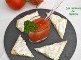 Gaspacho et toasts au fromage frais