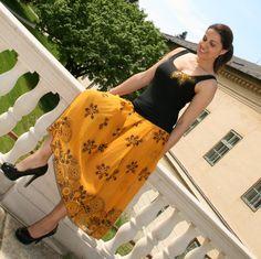 Top+Skirt Tie Dye Skirt, Skirts, Black, Tops, Fashion, Moda, Black People, Fashion Styles, Skirt