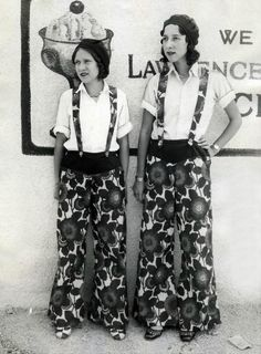 giant pants of the30s - you never think of such pattern in the 30s, do you?