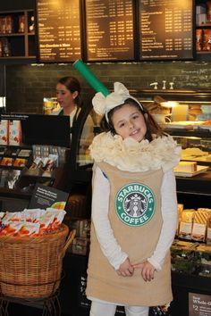 Starbucks Costume Halloween Costume at Ever Blooming Originals! Starbucks Halloween Costume, Easy College Halloween Costumes, Best Celebrity Halloween Costumes, Unique Halloween Costumes, Cute Costumes, Halloween Kostüm, Costume Ideas, Halloween Customs, Family Costumes
