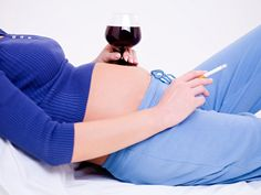 Abstain from alcohol in early pregnancy, says updated advice. Drinking during pregnancy revised to no alcohol at all in first trimester. First Month Of Pregnancy, Pregnancy Months, Pre Pregnancy, Pregnancy Workout, Surrogacy Gestational, Fertility Yoga, Ivf Clinic, Ivf Treatment, American Academy Of Pediatrics
