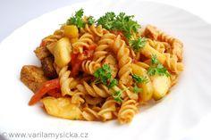 Špaldové těstoviny se zeleninou a tempehem