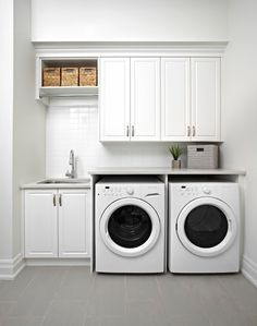 Awesome Charming Small Laundry Room Design Ideas For You. room design layout Charming Small Laundry Room Design Ideas For You Laundry Room Tile, Tiny Laundry Rooms, Laundry Room Layouts, Laundry Cabinets, Laundry Room Remodel, Basement Laundry, Laundry Room Organization, Laundry Room Design, Diy Cabinets