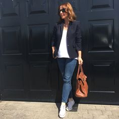 Keeping it simple in J Crew blazer, white tshirt & jeans